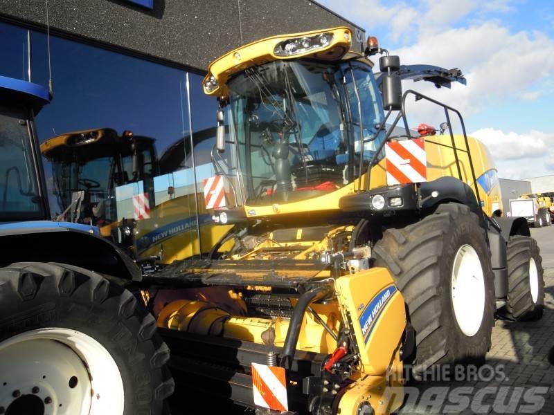 New Holland FR700