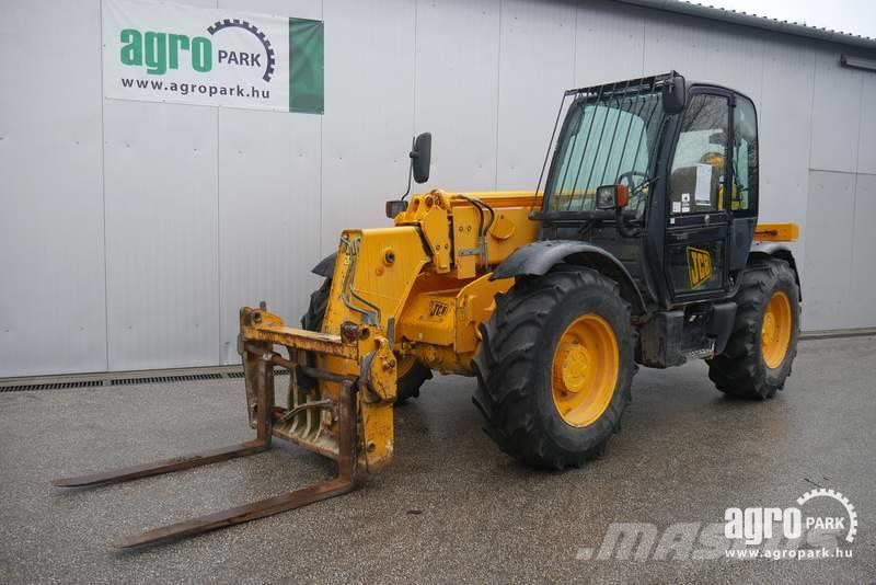 JCB 535-95 (7716 hours) 9,5 meter lifting height, 3500