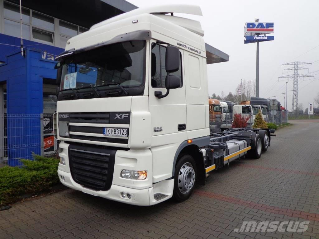 DAF XF FAR 105.460 SC 2010 6x2 SPACE CAB LOW DECK