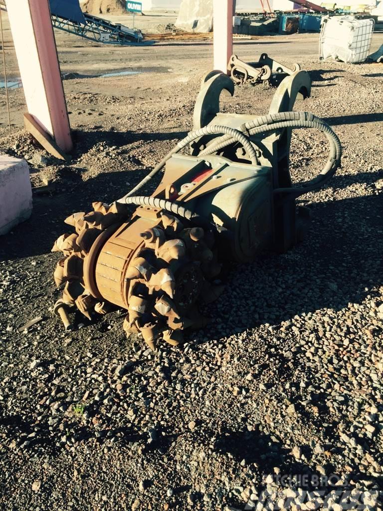 SMC XRC 120-3E hydraulisk fräs