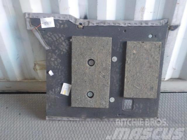 Volvo FH Cab panel 20453827
