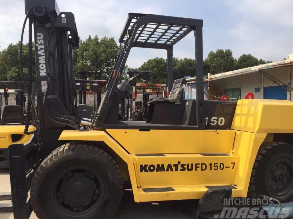 Komatsu FD150-7