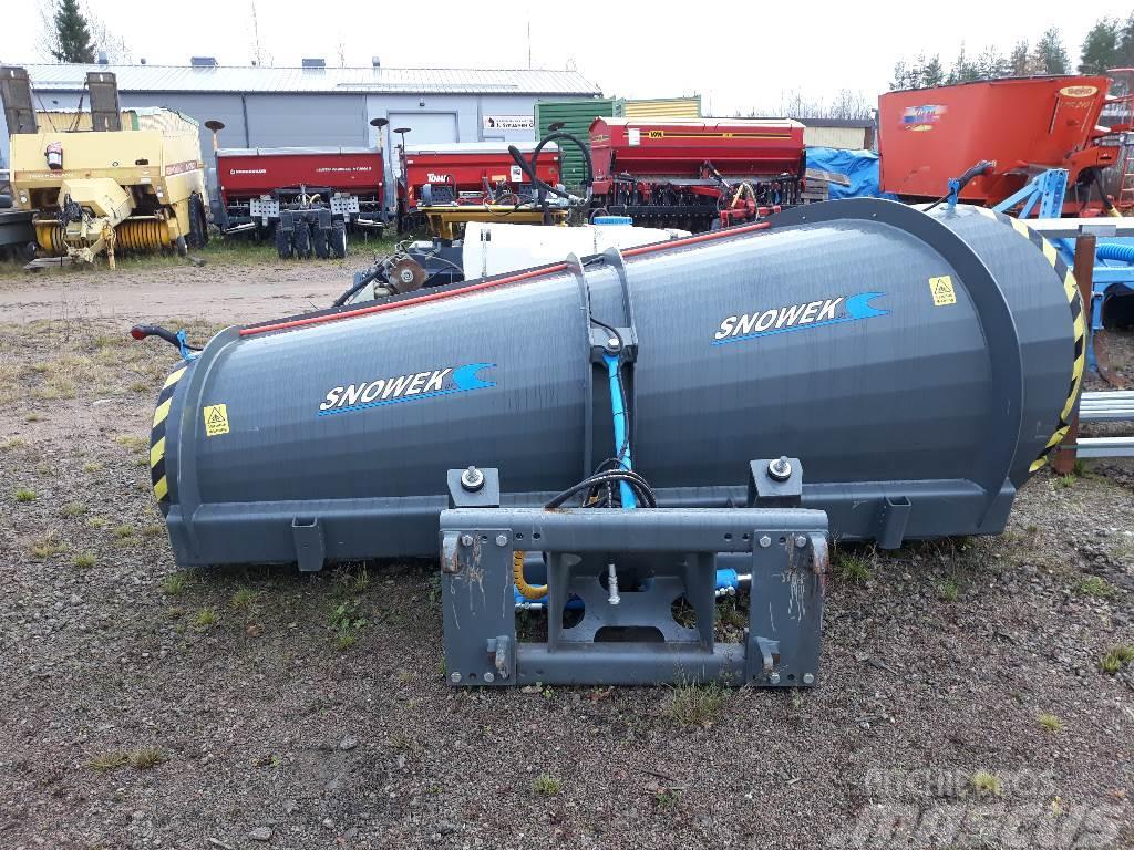 Snowek AA320