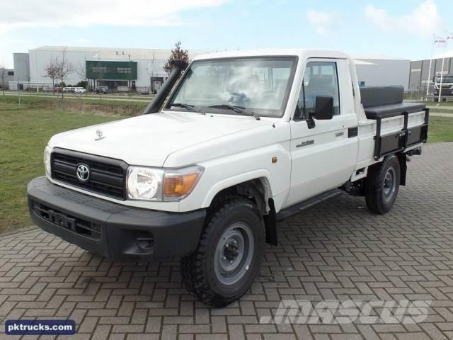 Toyota Land Cruiser HZJ79L (10 Units)