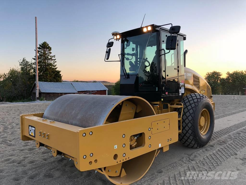 Caterpillar CAT CS66B -2018 vält