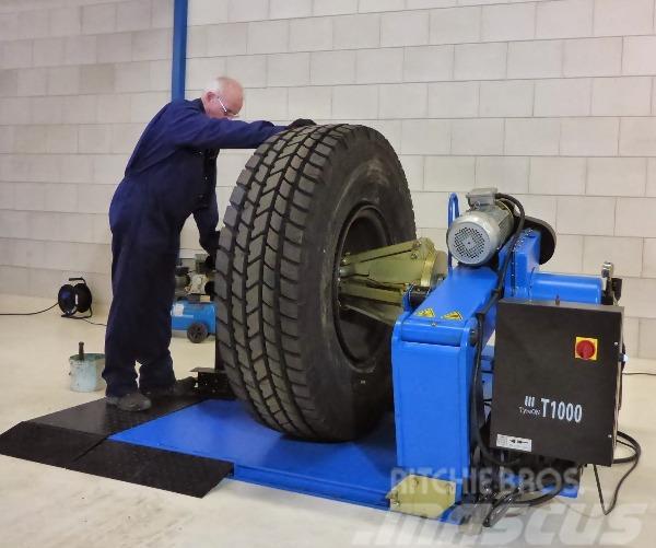 TyreOn T1000 truck tyrechanger | SN680