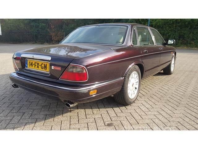 Jaguar DAIMLER DOUBLE SIX E2 DAIMLER DOUBLE SIX