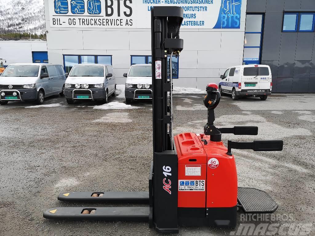 Heli CDD16-950 ZSM470 - 1,6 tonns stabler (SOLGT)
