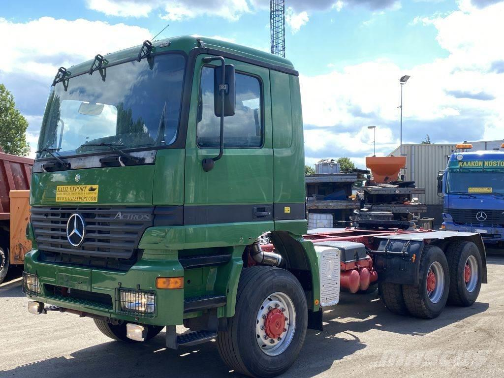 Mercedes-Benz 3348 Heavy Duty Tractor 6x6 V8 EPS Full Steel Good