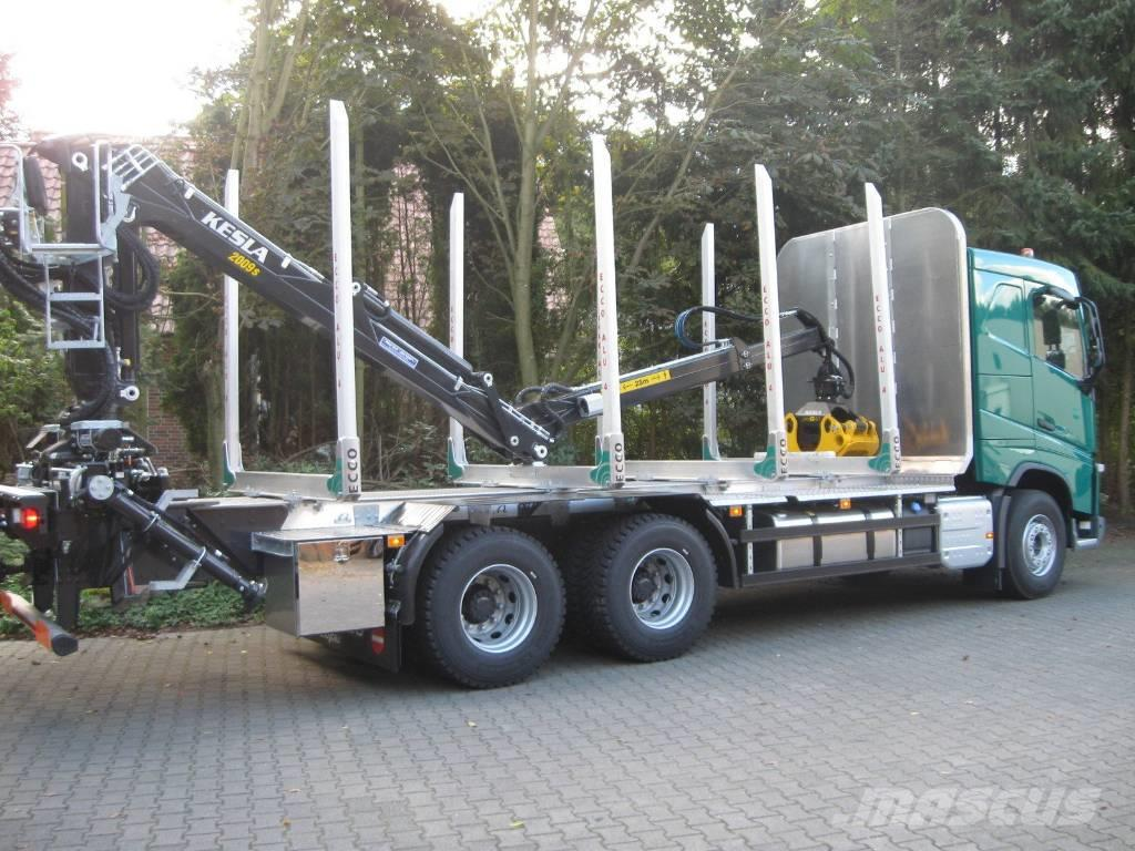 Volvo FH 540 6x4 with full steel suspension Timber truck