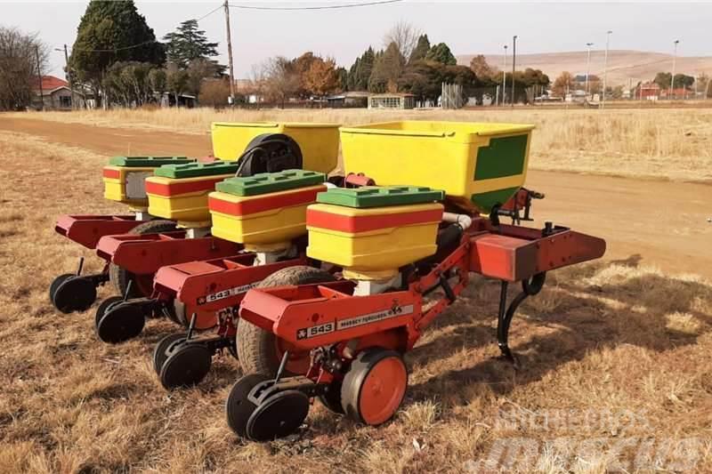 Massey Ferguson 543 Vacuum Planter