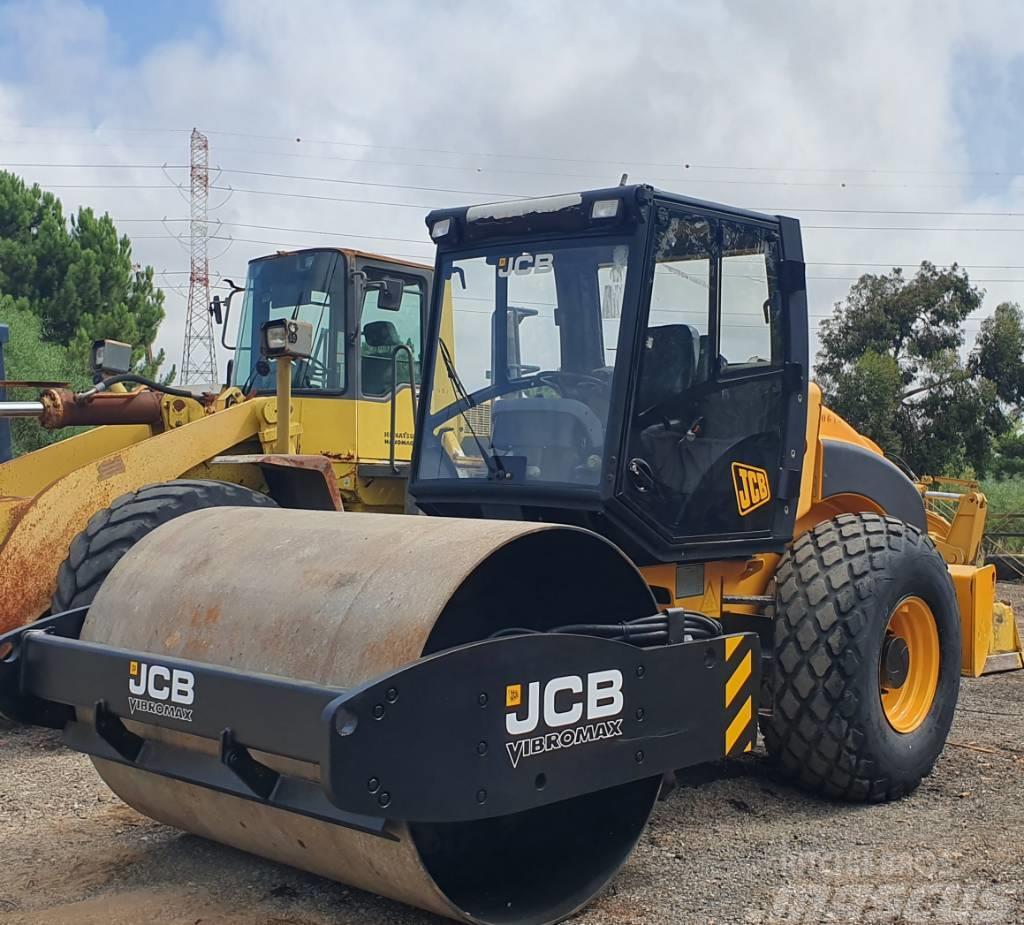 JCB VM 115 D