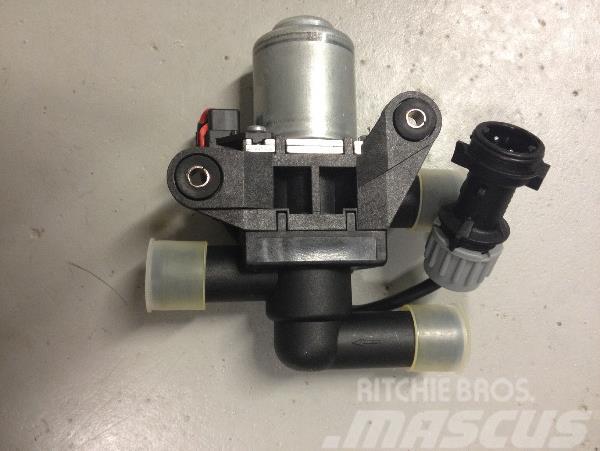 [Other] Vattenventil F040449 Timberjack D-modeller