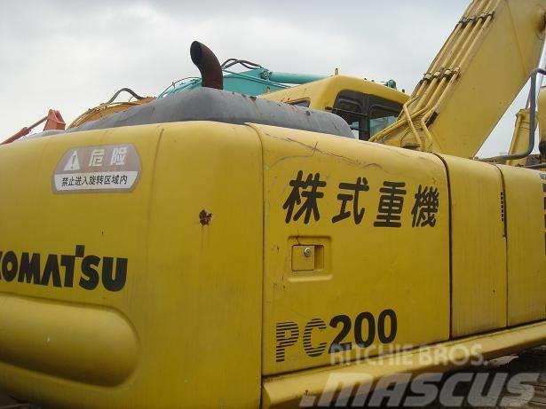 Komatsu PC200-6