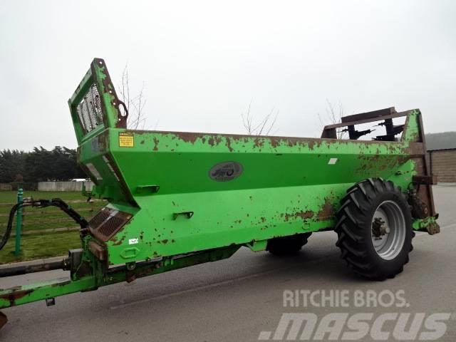 Agriweld Rear Discharge Manure Spreader