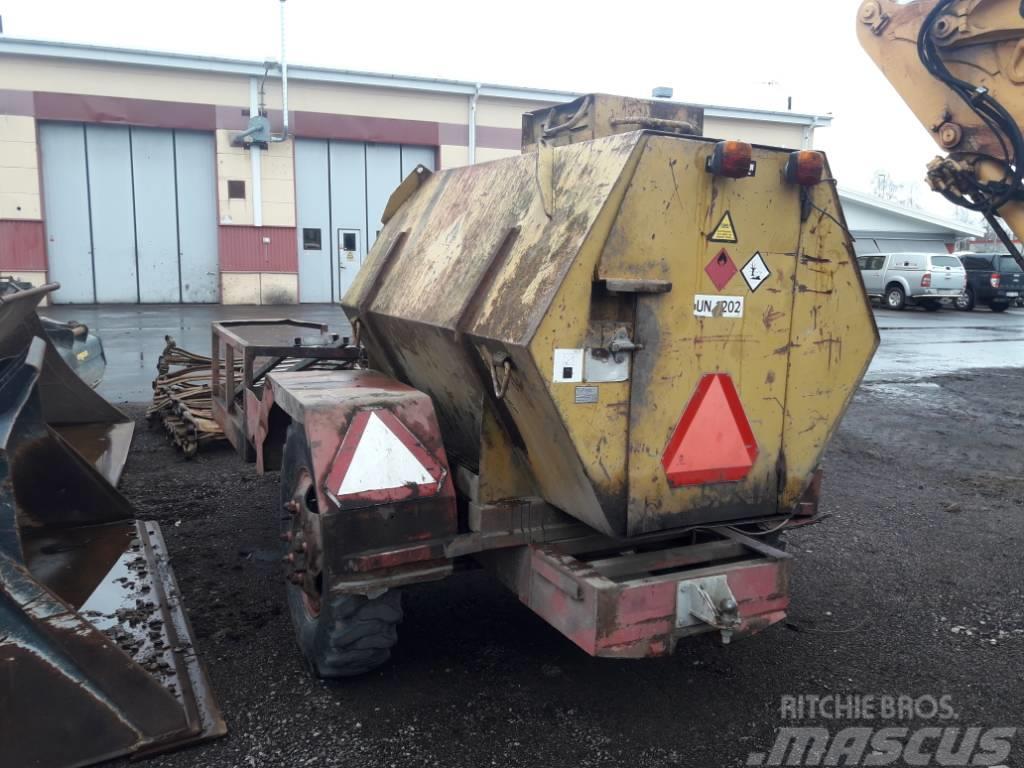 [Other] Tankvagn 1500l