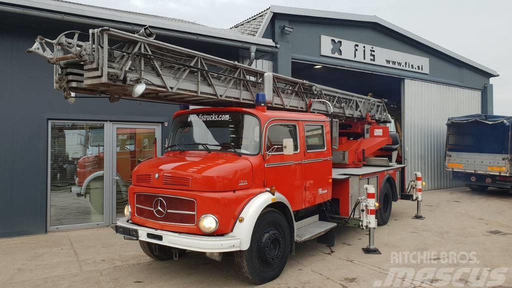 Mercedes-Benz 1519 4X2 ladders 31m