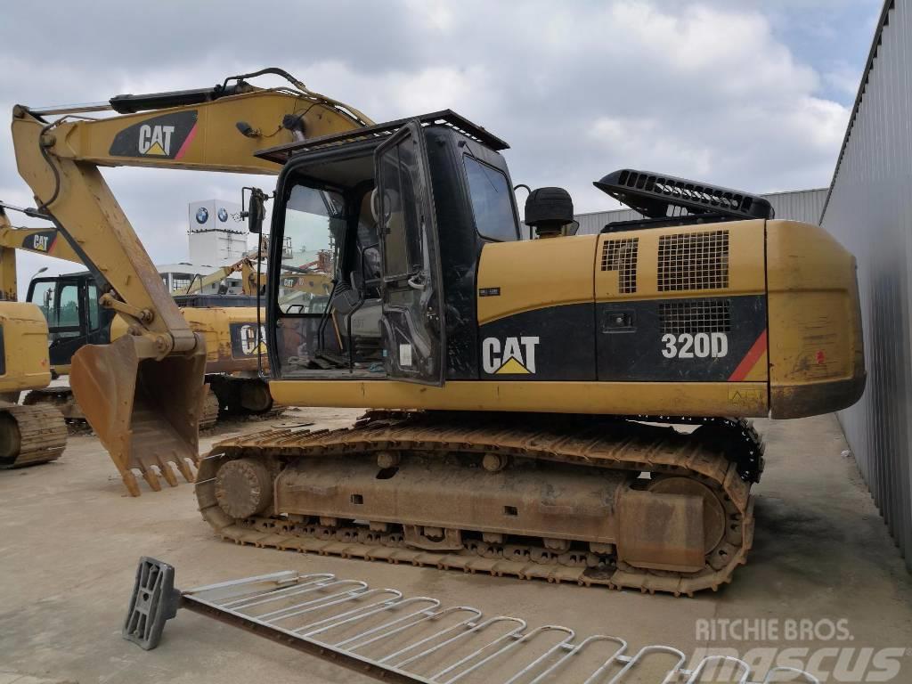 Caterpillar 320D Excavator **Year 2011**
