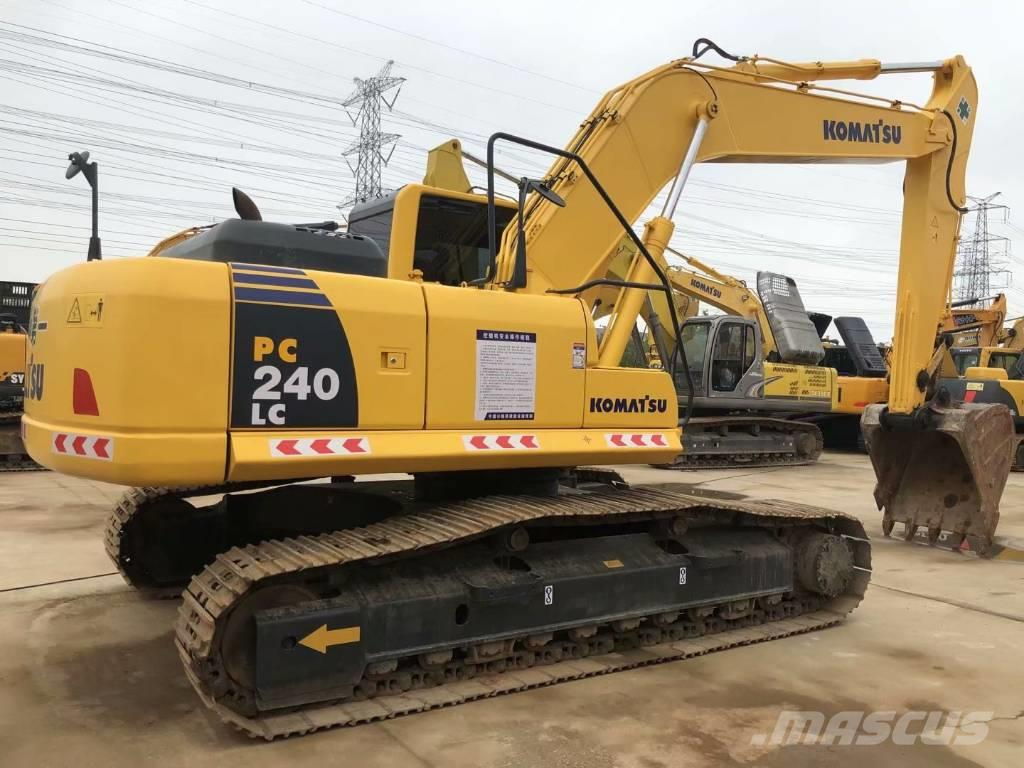 Komatsu PC240LC-8中型挖掘机