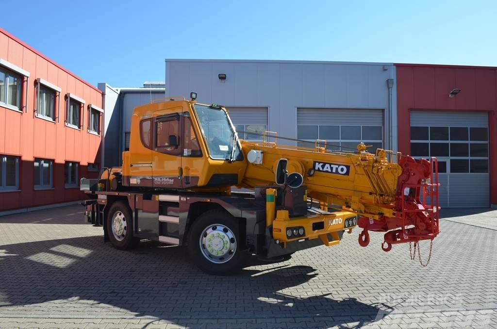Kato CR 130 Rf - Rough terrain cranes, Year of manufacture