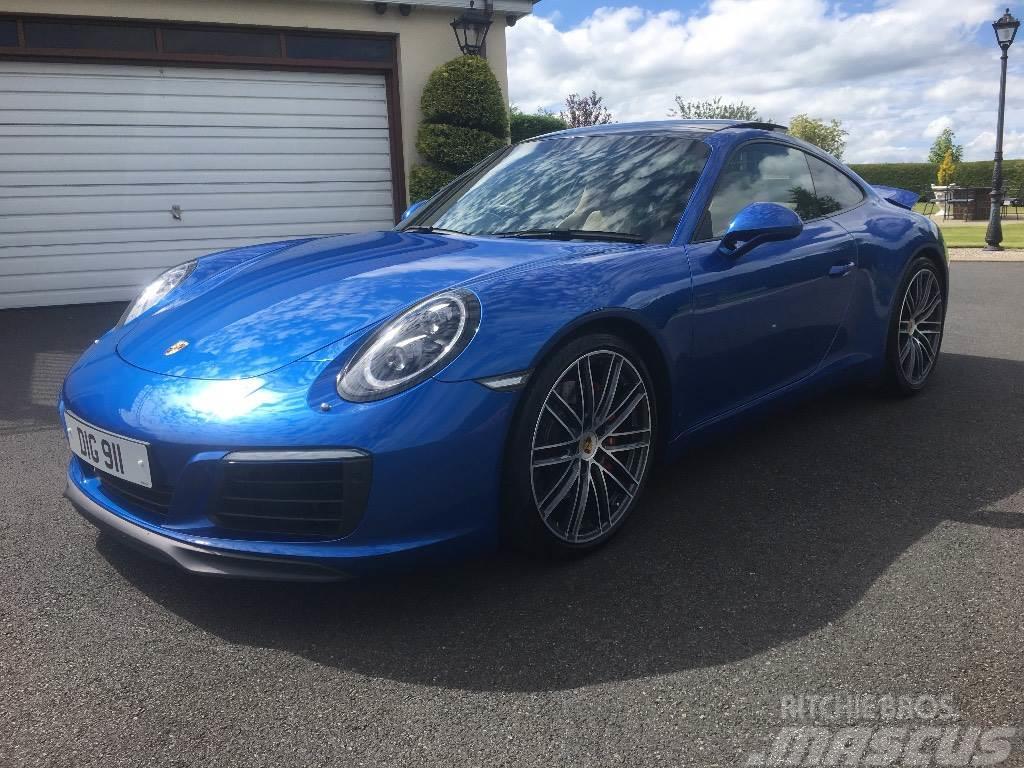 Porsche 911 Carrera S 2017 Automobiles Suvs