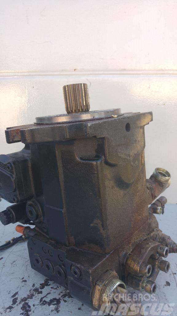 Liebherr L556 2+2 Pompa Pump 10021818