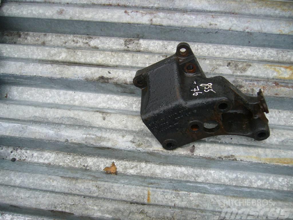 MAN TGA power steering mechanism bracket