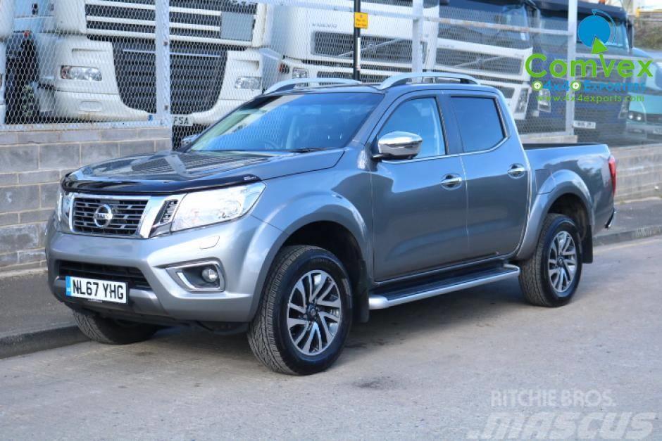 Nissan Navara Np300 Pick Up 2017 Panel Vans
