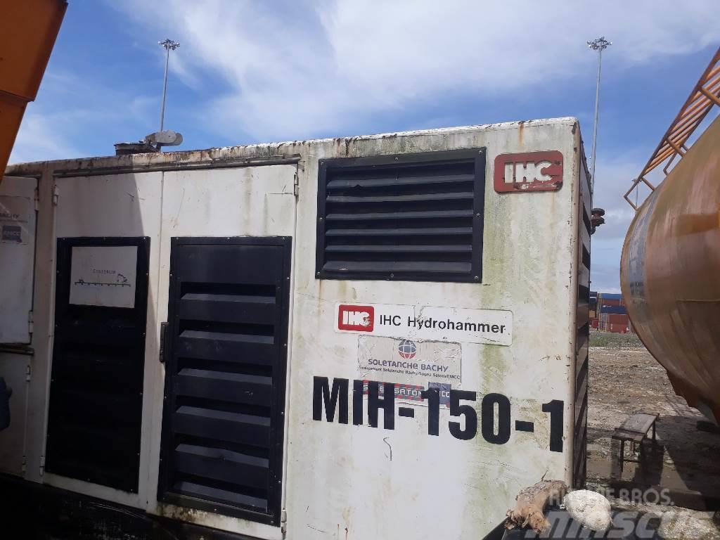IHC S150 Hydraulic Hammer + PWP P460