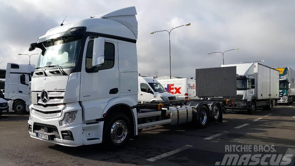 Mercedes-Benz Actros 2551L 6x2 LAGAB Vxl rede