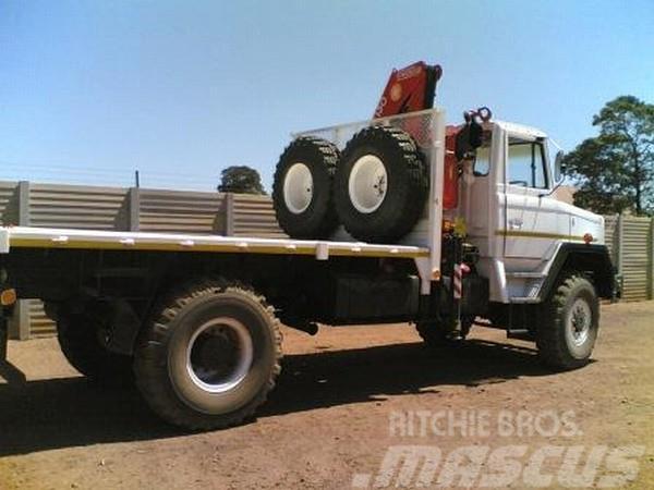 Samil 50 Crane Truck