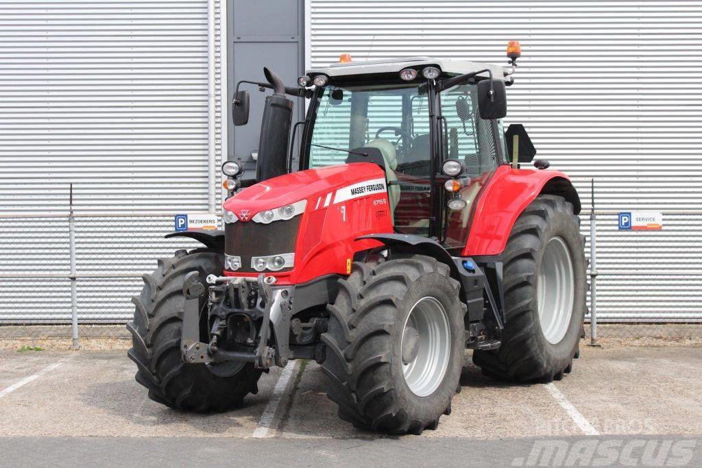 Massey Ferguson 6715S Dyna-VT Efficient