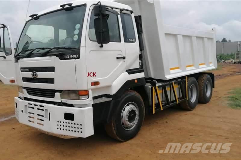 Nissan UD440, 10 CUBE TIPPER