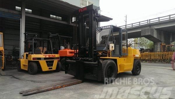 TCM FHD150Z 15噸 柴油堆高機