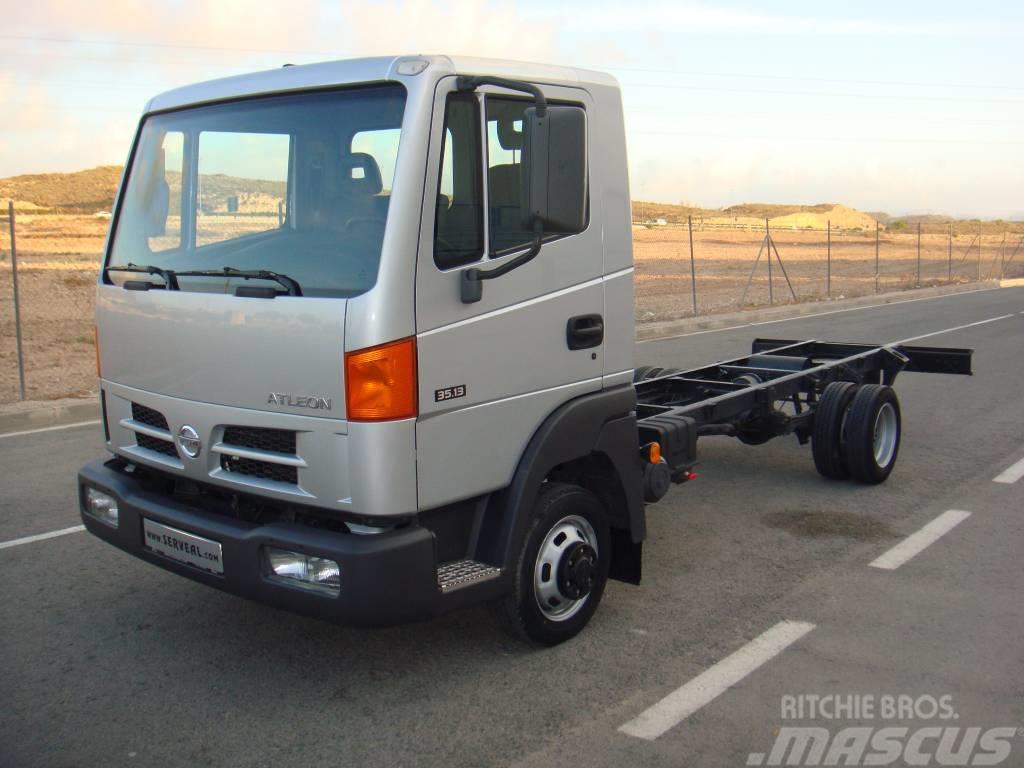 Nissan ATLEON EN CHASIS **57.000 KM**
