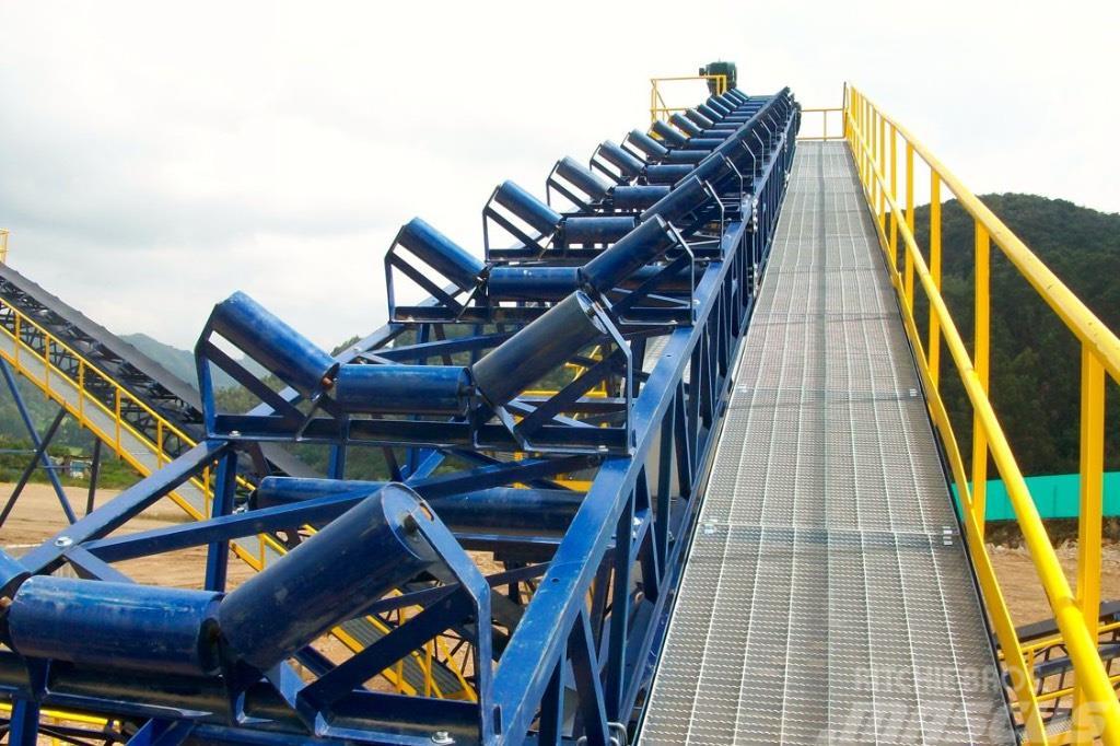 Kinglink belt conveyor for aggregates transport