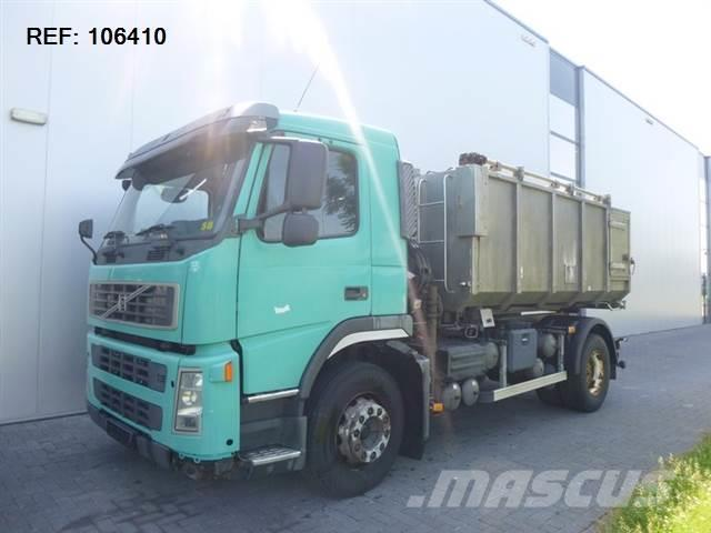 Volvo FM9.260 4X2 CARCASSES TRANSPORT WITH MKG HLK 45