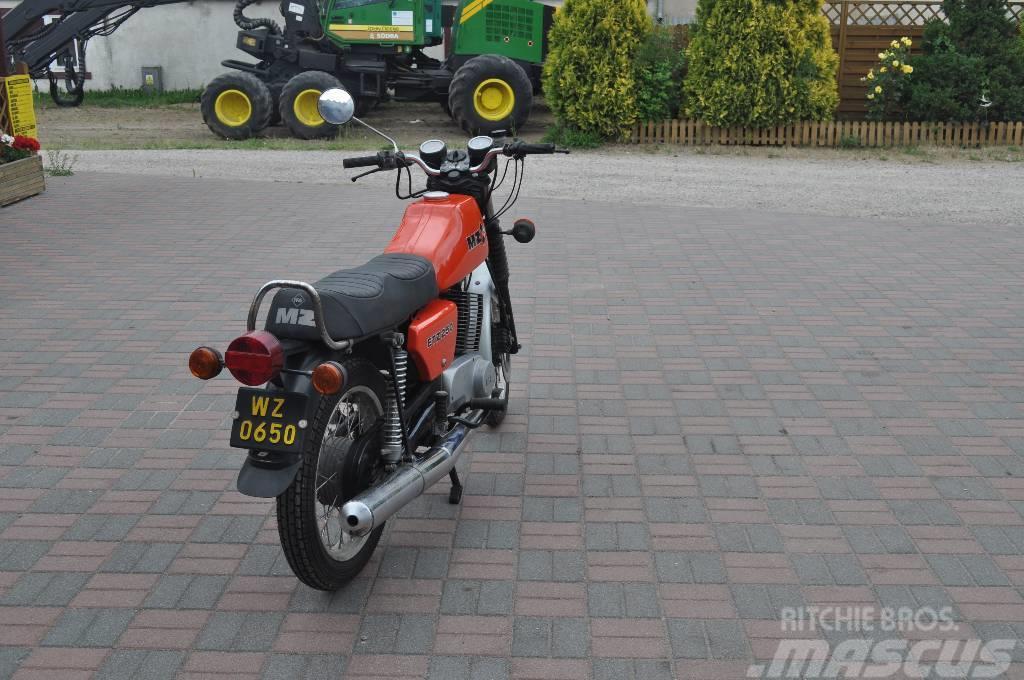 IFA MZ ETZ 250