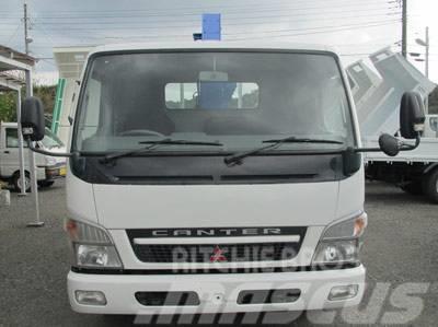 Mitsubishi ミツビシキャンター・タダノ