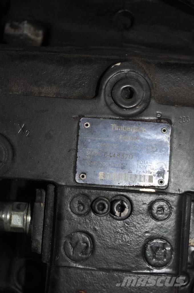 John Deere Timberjack 1070D/970D Pompa jazdy