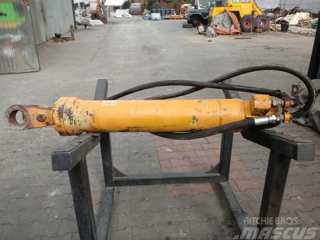 CASE 821C Nowy typ 133 82 90 hydraulic cylinder Hydraul