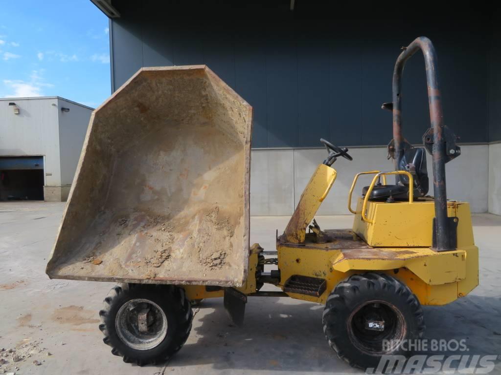 Thwaites 2.6 tonne