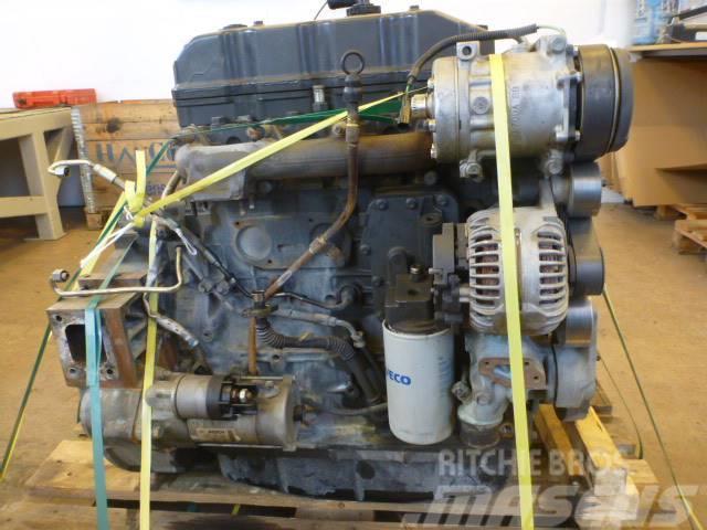 Iveco F4AFE411A Motor