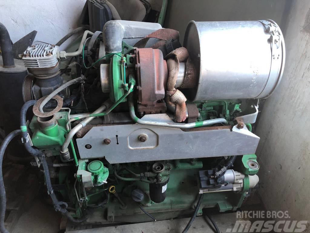 John Deere 6080 ENGINE