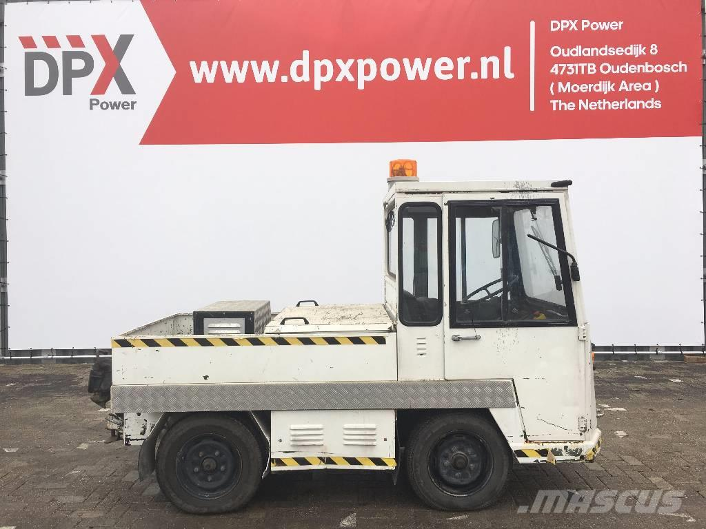 Still DFZ 15 - Flatbed Towing Truck - DPX-7005