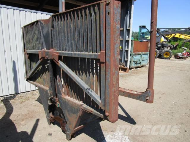 Valmet 840.3 loadbunks + loggate