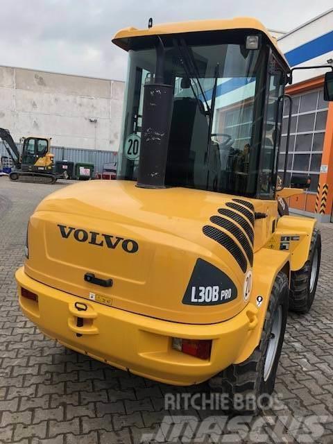 Volvo L30B