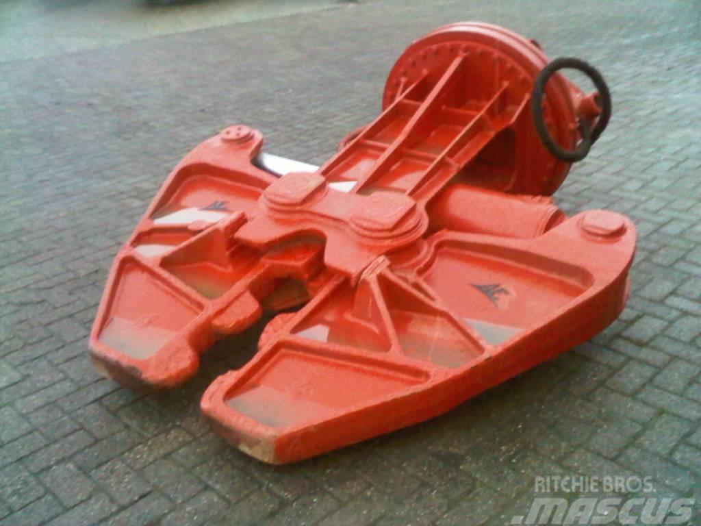 Arden Equipment 3500.kg shear