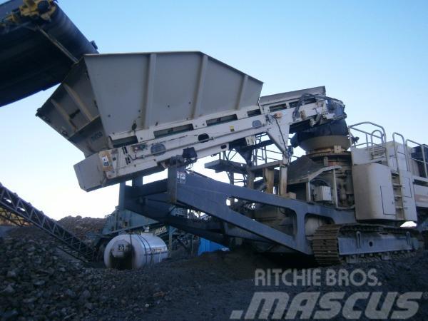 Мобильная дробилка metso lt200 горно обогатительное оборудование в Батайск
