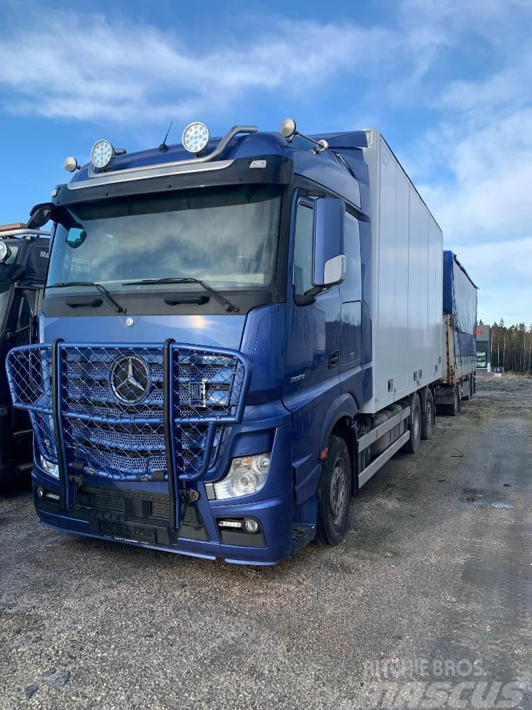 Mercedes-Benz ACTROS 2563 BLUETEC